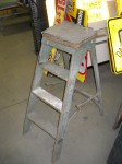 4ft Vintage Wooden Step Ladder With Rubber Top
