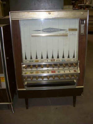 1960 Cigarette Machine